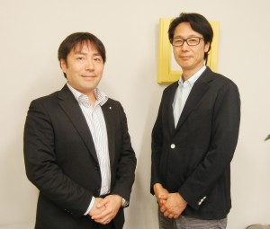 営業本部の宇井正佳部長(右)と企画部の相田聖二次長