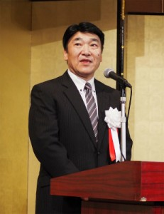 歓迎の挨拶を述べる福島工組の佐久間理事長