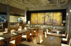 丸善京都本店のMARUZEN caféに知恩院の金碧障壁画『仙人図』4面の高精細複製「伝匠美」を展示