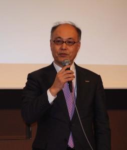2017年度の戦略を発表するコダックの藤原社長