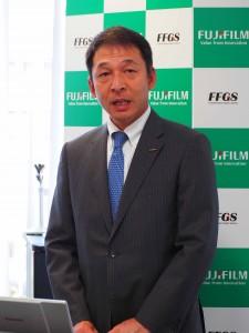 発表する河合東京支社長