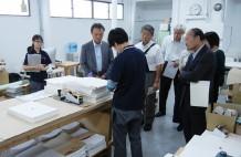 埼玉工組2_4F製本の手作業を見学 のコピー