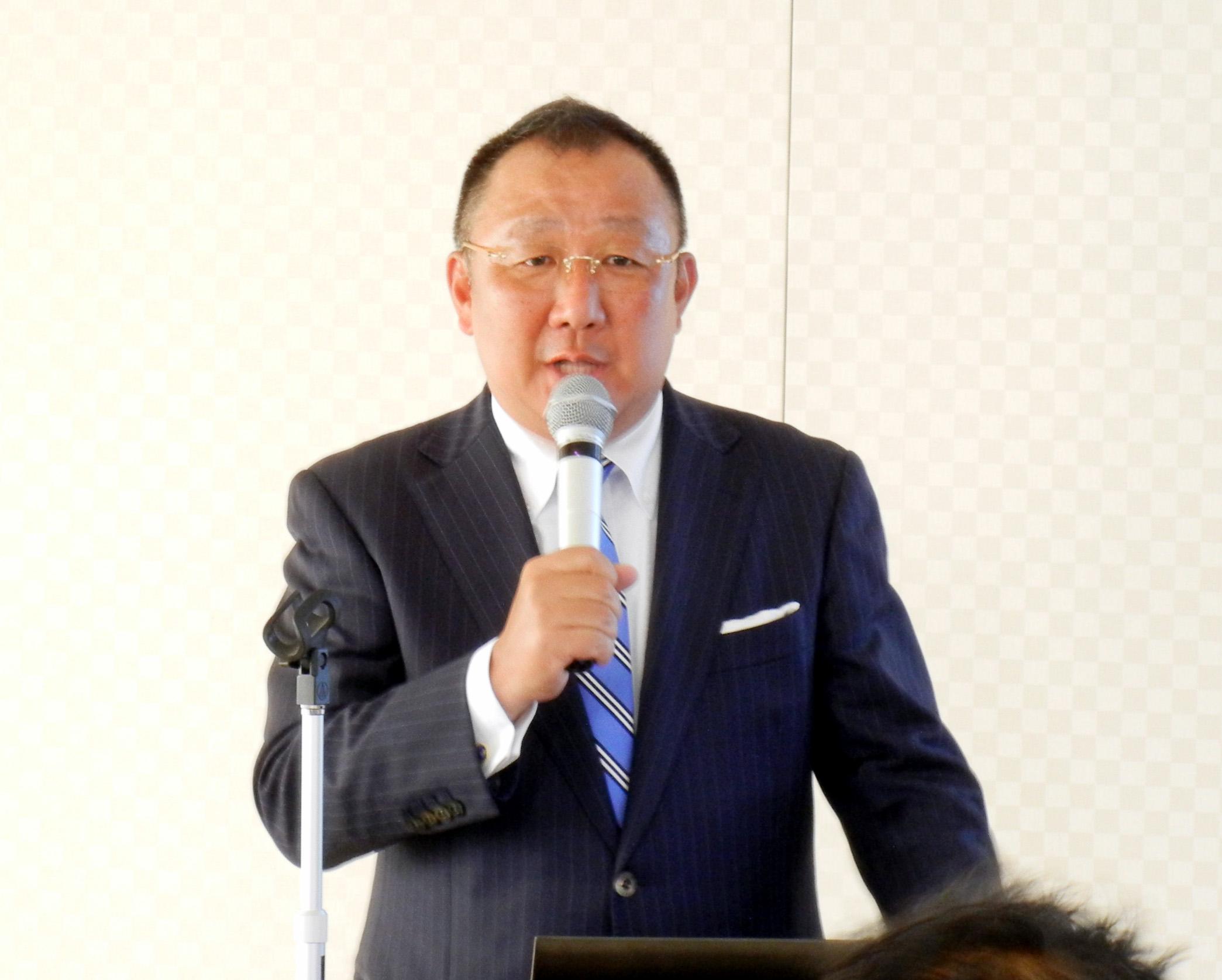 ウエマツの取り組みや導入経緯を語ったウエマツ・福田社長