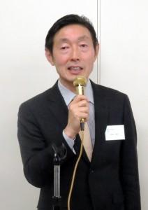 あいさつする田畠会長