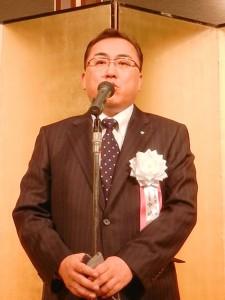 感謝の意を述べる中嶋社長