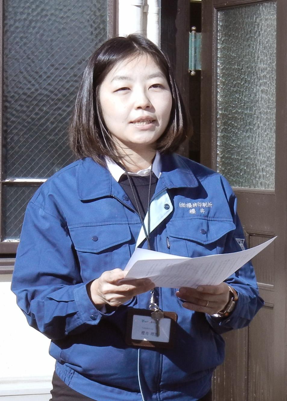 活版印刷の再開について語る櫻井社長