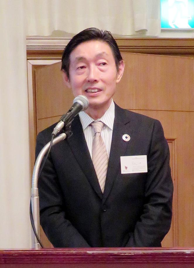 挨拶する日本WPAの田畠会長