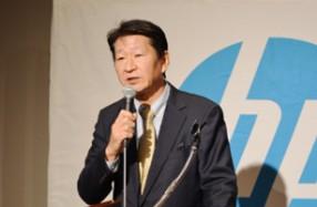 2020年の方針を説明する岡社長