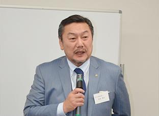 講演するダイコロの松本社長